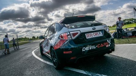 Jazda za Kierownicą Sportowego Samochodu (Auto do Wyboru)