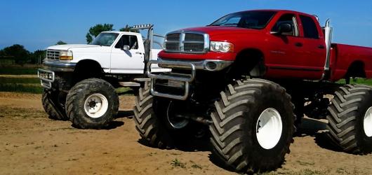 Jazda Monster Truckiem dla jednej osoby - 15 Minut -...