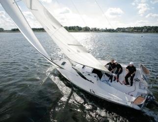 Jednodniowy Rejs po Mazurach- Jacht na Wyłączność