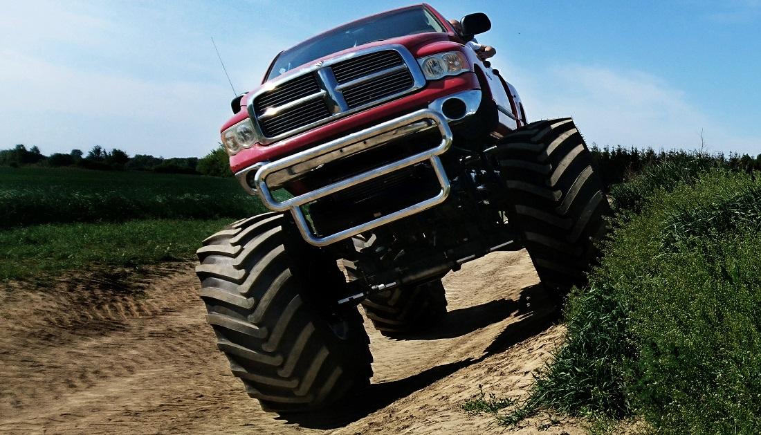 Jazda za kierownicą Monster Trucka
